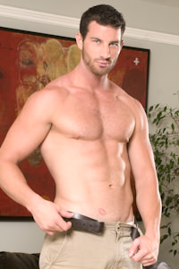 male muscle gay porn star Rusty Stevens | hotmusclefucker.com