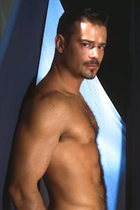 male muscle gay porn star Peter Raeg | hotmusclefucker.com