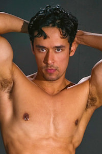 male muscle gay porn star Rafael Alencar | hotmusclefucker.com
