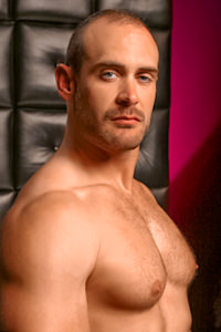male muscle gay porn star Craig Reynolds | hotmusclefucker.com