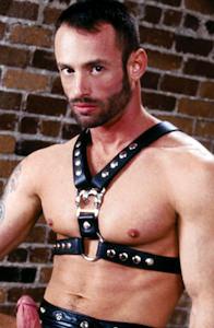 male muscle gay porn star Robert Black | hotmusclefucker.com