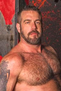 male muscle gay porn star Danny Mann | hotmusclefucker.com