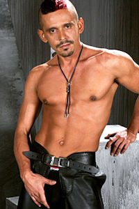 male muscle gay porn star Javier De Cerdo | hotmusclefucker.com