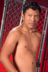 male muscle gay porn star Ben Reyes | hotmusclefucker.com