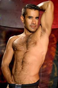 male muscle gay porn star Armando Cortez | hotmusclefucker.com