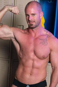 male muscle gay porn star Mitch Vaughn | hotmusclefucker.com