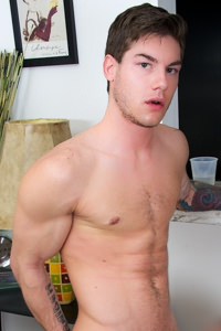 male muscle gay porn star Vance Crawford | hotmusclefucker.com
