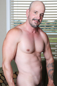 male muscle gay porn star Jay Armstrong | hotmusclefucker.com