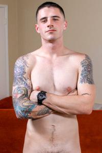 picture of muscular porn star Arron | hotmusclefucker.com