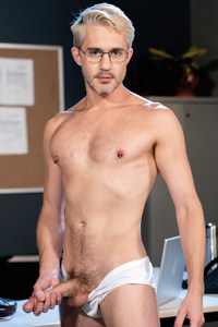 male muscle gay porn star Sherman Maus   hotmusclefucker.com