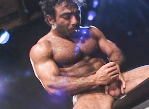 - Huessein - Hot Muscle Fucker