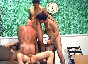 The Young n Hung Gangbanging Damien, Scene #03