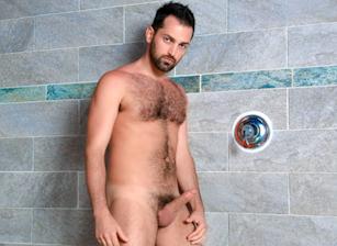 gay muscle porn clip: OCEAN DREAMS - Rich Kelly, on hotmusclefucker.com