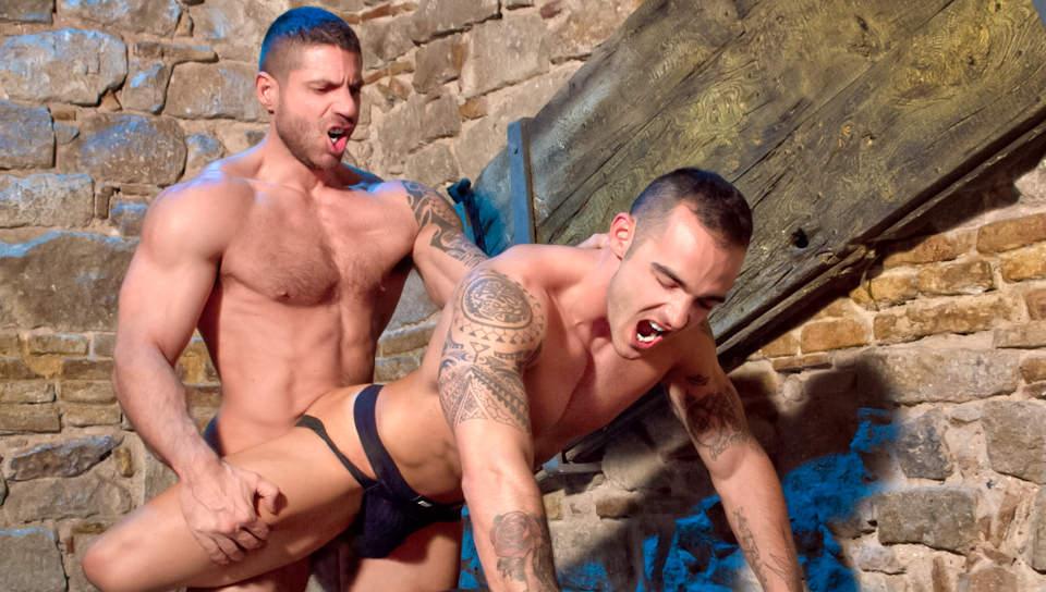 Sexo A Barcellona – Part 2, Scene # 01 – Adrian Toledo, Axel Brooks (ragingstallion)