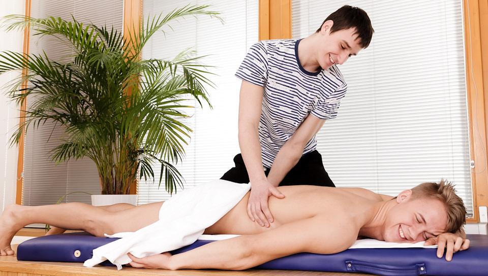 Gay Massage # 06, Scene # 01 – Benjamin, Chris Hollander (malereality)
