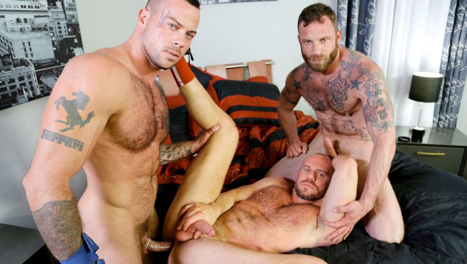 Massaggi speciali – Sean Duran, Matt Stevens, Derek Parker (MenOver30.com)