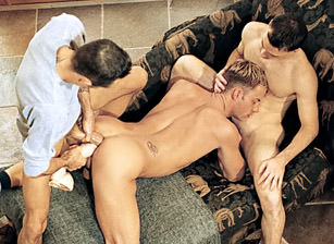gay muscle porn clip: The Other Side of Aspen V - Aaron Osborn & Chad Hunt & Jackson Price, on hotmusclefucker.com