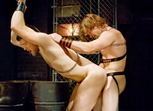 - Colby Keller & James Jamesson - Hot Muscle Fucker