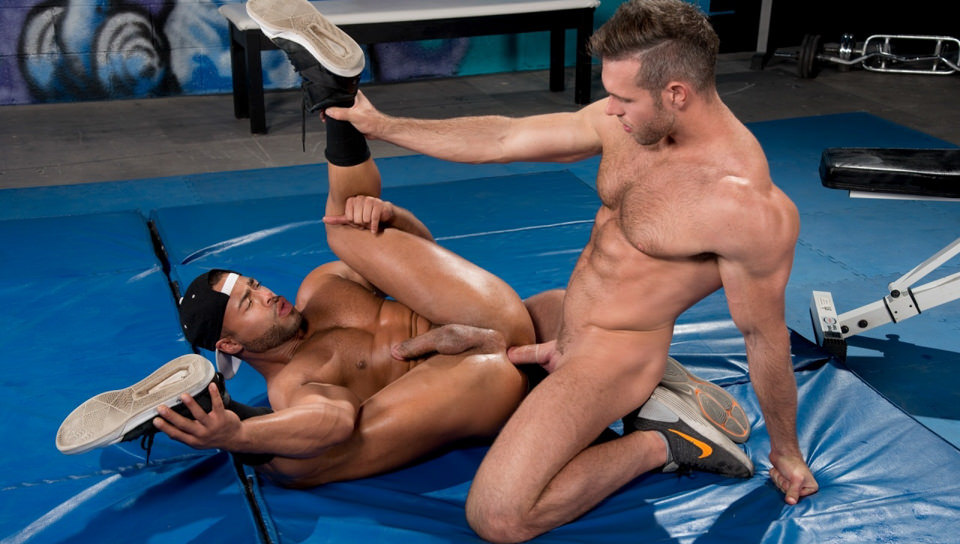 Il Trainer: No Excuses, Scene # 02 – Micah Brandt, Alex Mecum (hothouse)