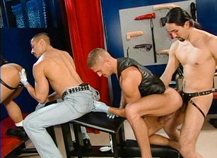 gay muscle porn clip: Handpacked III: Jampacked - Danny Vox & Kent North & Xavier Vitale, on hotmusclefucker.com