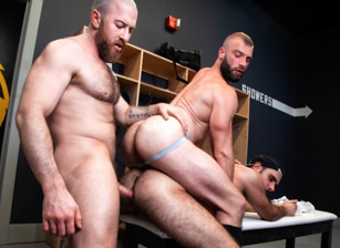 Donnie Argento & Nigel March & Anthoni Hardie in Outta The Park! | hotmusclefucker.com