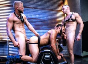 Brian Bonds & Logan Stevens & Drake Masters in Manscent | hotmusclefucker.com