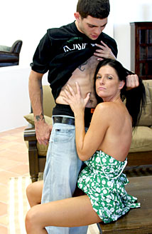 Anthony Smith & India Summers Picture